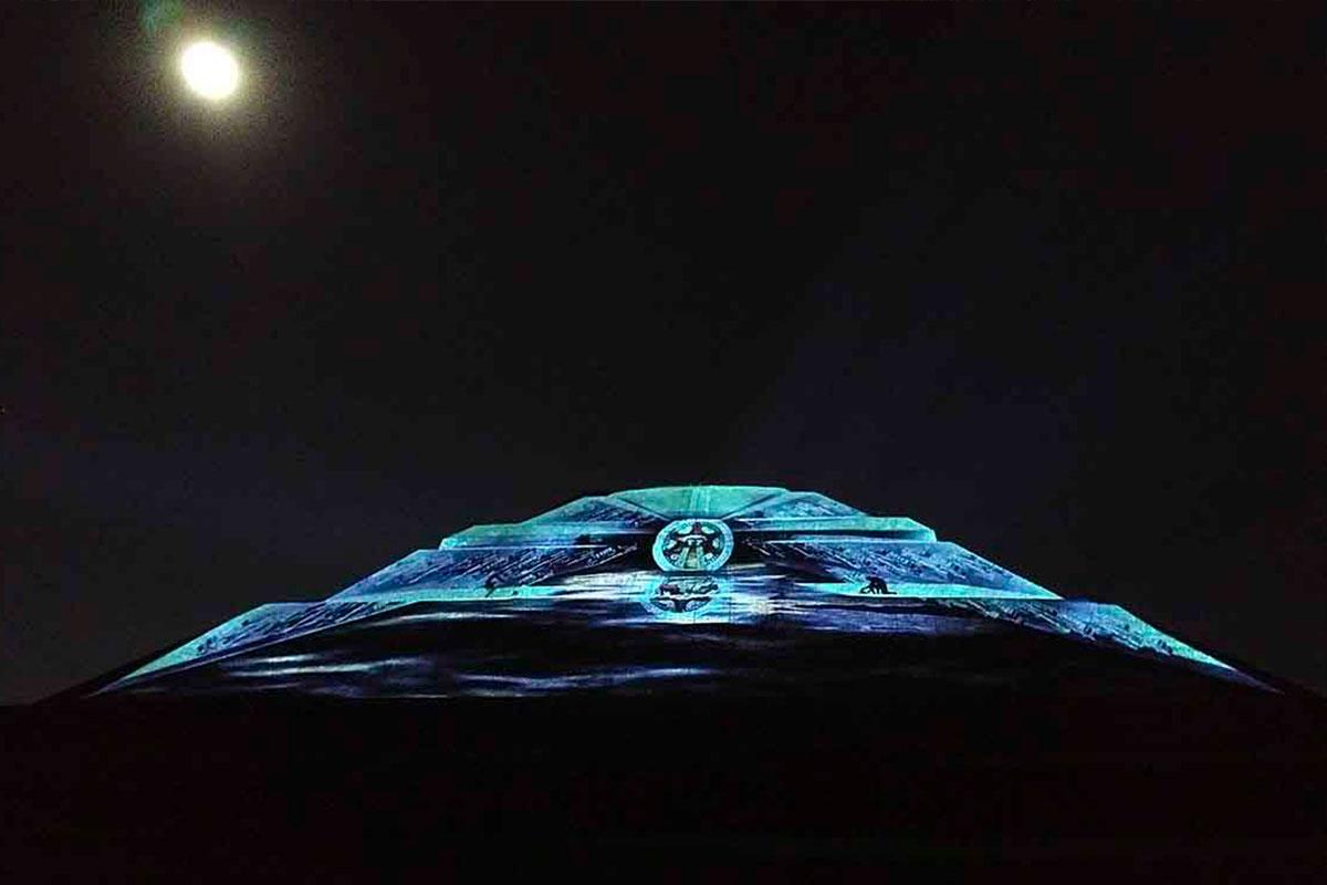 Teotihuacán-Nocturno-01
