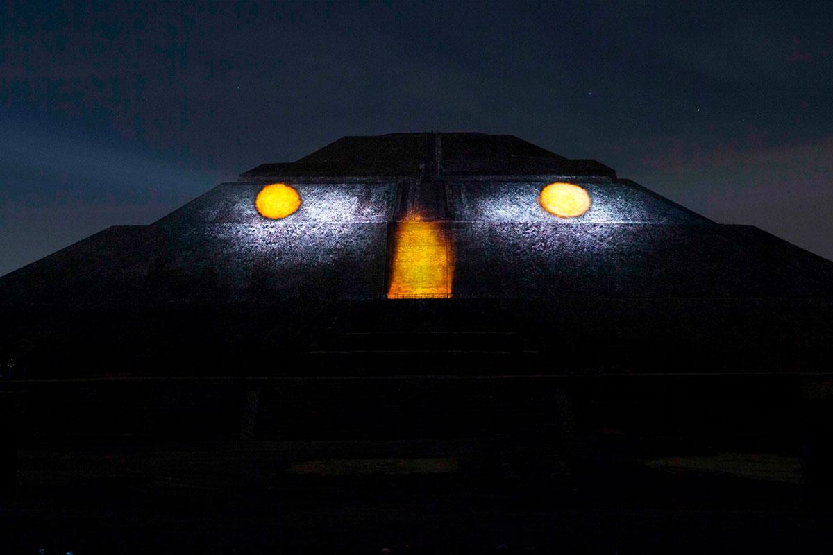 Teotihuacán-Nocturno-03