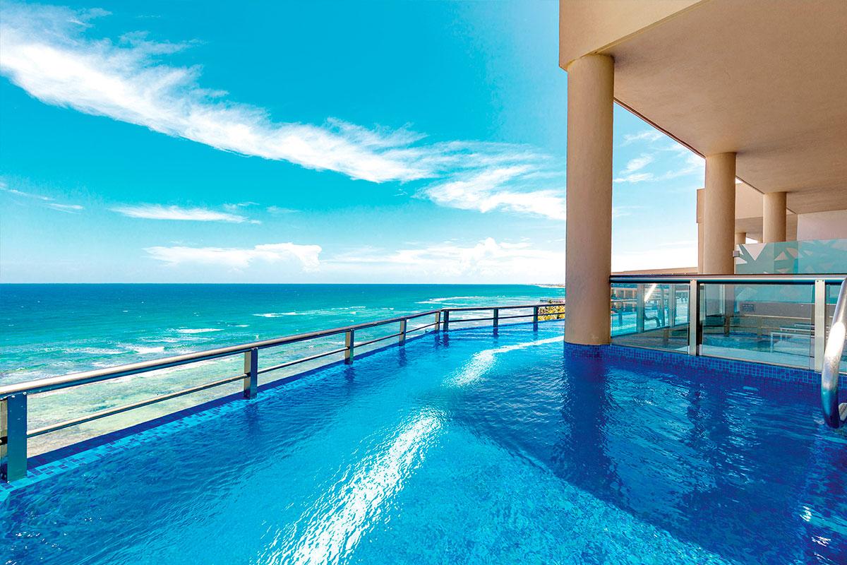 El-Dorado-Seaside-Cancun-02