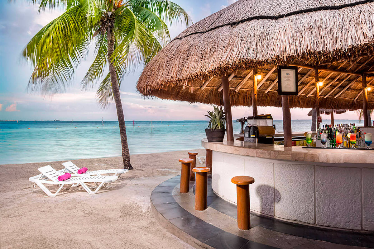 Oasis-Palm-Cancun-03